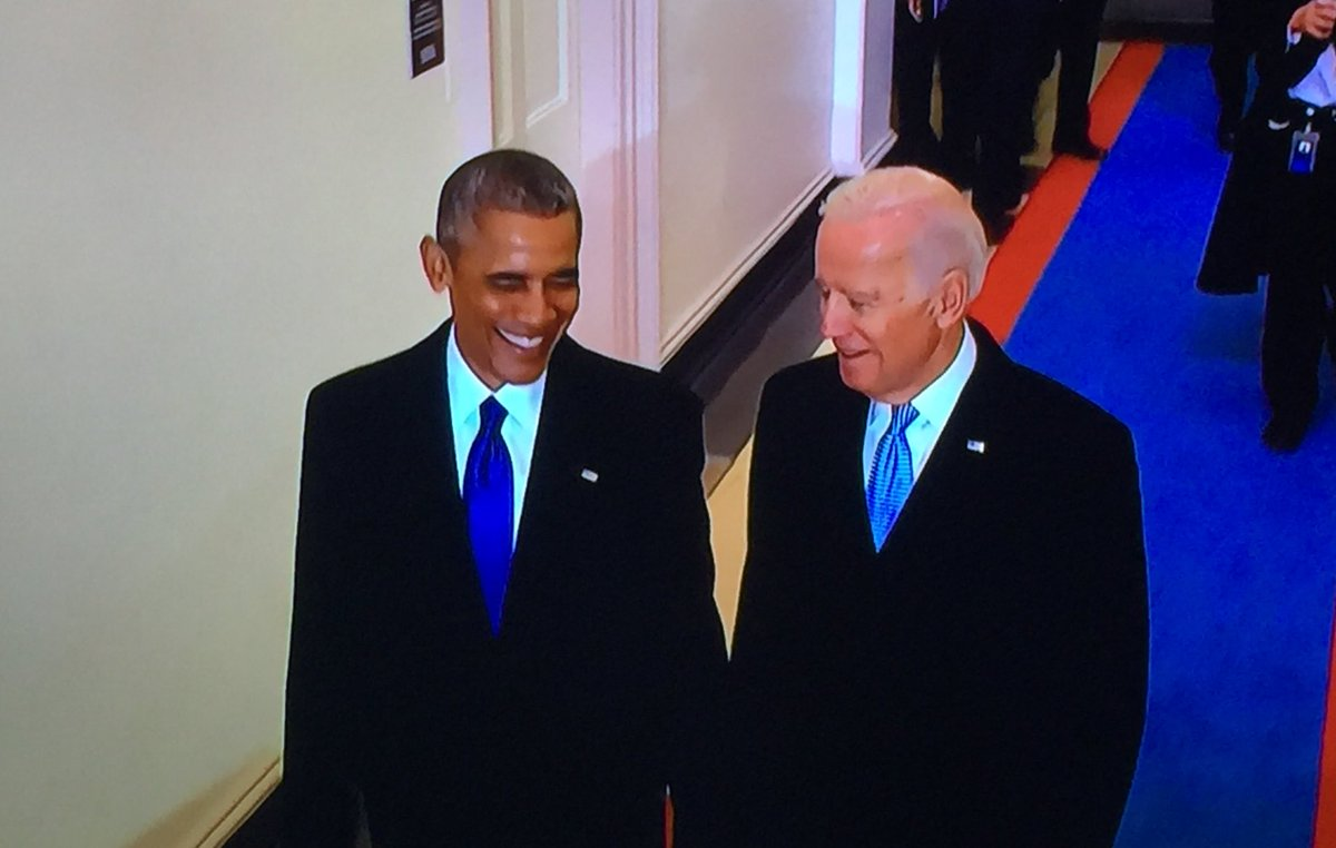 What a duo. #ObamaFarewell #Inauguration 😍😱😰
