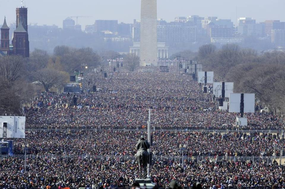 @NormanGolightly Picture is wrong, I'm afraid. Left is 2004 Women's March.  Here's an Obama 2009 photo: https://t.co/4q5VzWdilo