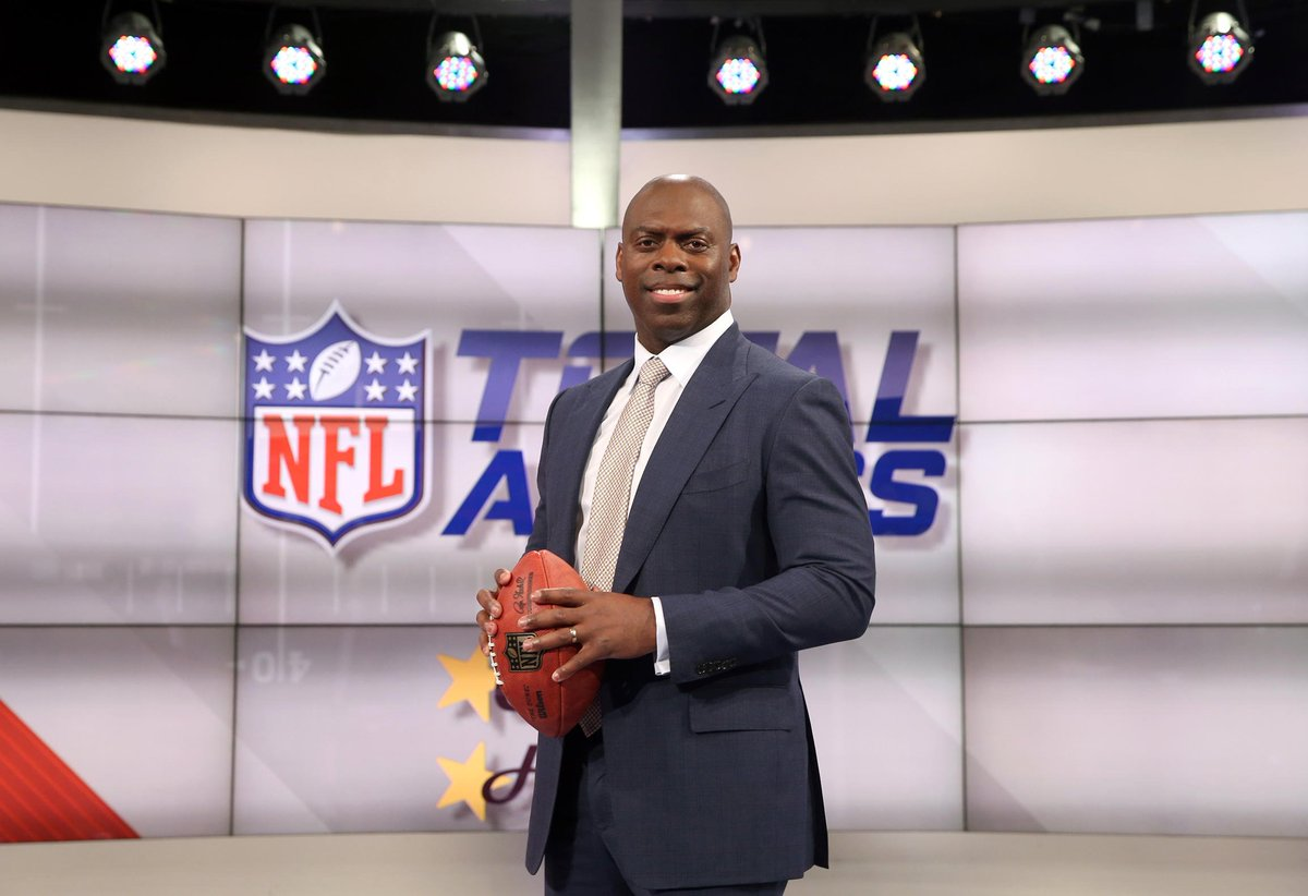 The head coach stopped by @NFLTotalAccess the week.  📸: https://t.co/y...