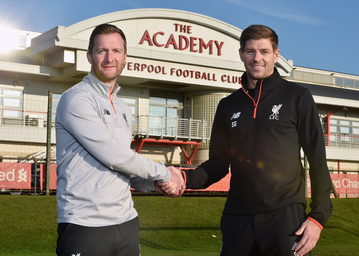 Back where it all began!  Steven Gerrard signs to Liverpool Academy co...