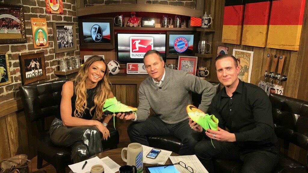 We're giving away a pair of Bayern star Robert Lewandowski's boots! RT...