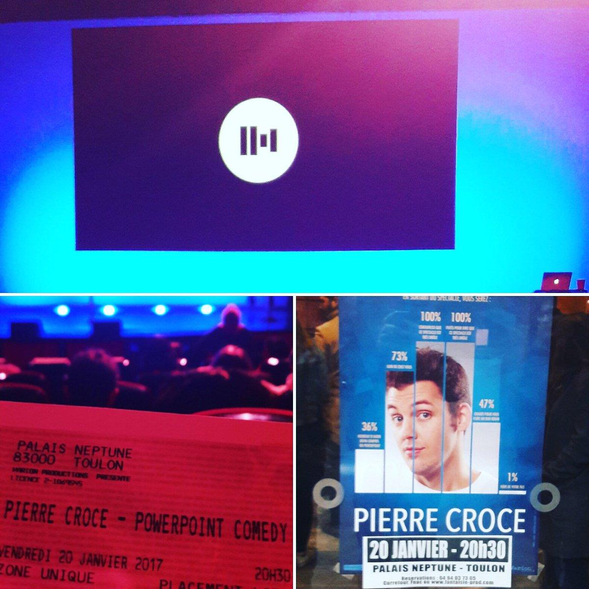 Alors évidemment bon spectacle à tous ! Un petit autographe au passage @PierreCroce  ?  #spectacle #powerpoint #comedy #youtuber #youtube<br>http://pic.twitter.com/0cy98KEETO