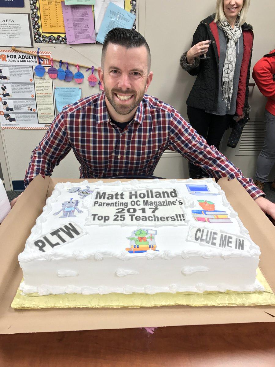 Congrats to @StoddardSchool 3rd gr. teacher Matt Holland - selected as a 'Parenting OC Magazine Top 25 teacher!' https://t.co/CyMGc5u5Vp