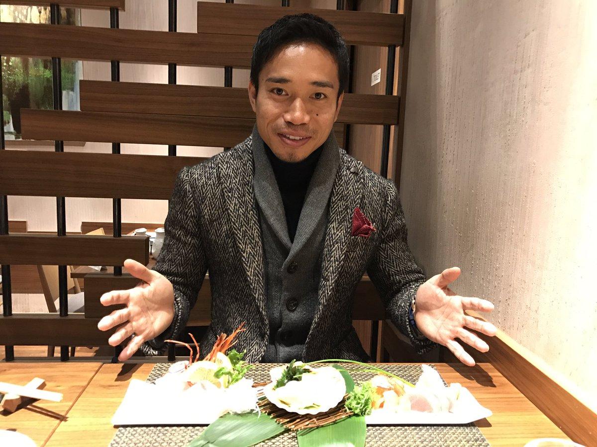 ミラノで日本食食べに行きました。 これは新鮮な刺身です。 うますぎた! cena giappnese…