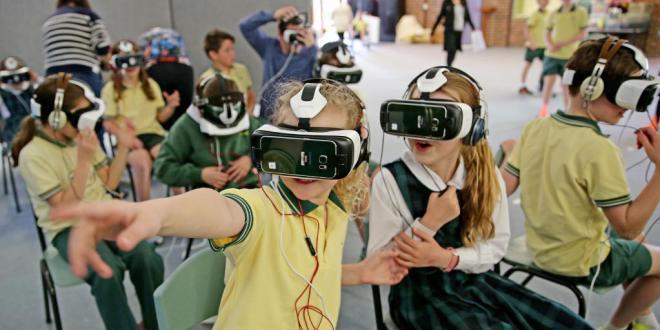 École : Comment la #VR peut-elle influer sur notre apprentissage ? #school #ecole  http:// ift.tt/2k0evX3  &nbsp;  <br>http://pic.twitter.com/UT6qJzQN6X