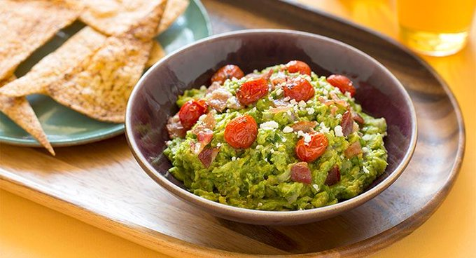 Guacamole with Roasted Tomato and Bacon