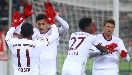 Bayern comenzó con el pie derecho el año 2017 al lograr angustioso tri...