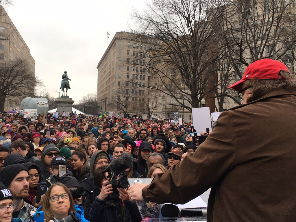Near the parade route, speaking to 20,000 protesters! Demonstrators outnumber pro-Trump crowd by a huge margin.