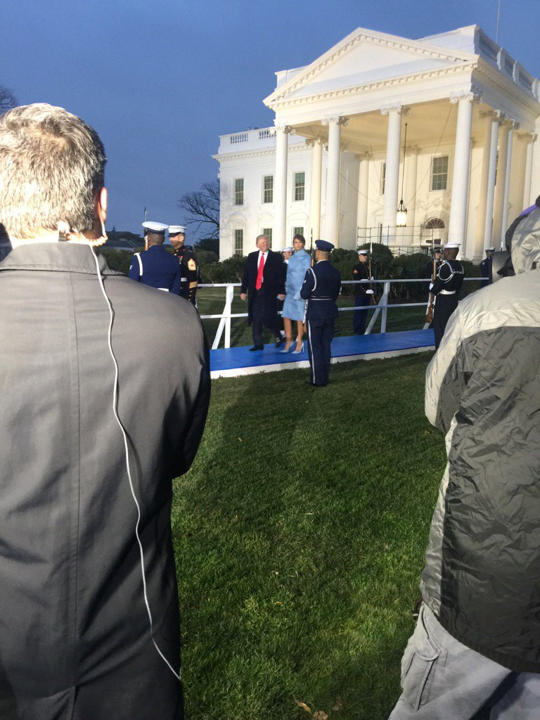 The new @POTUS tells @Acosta the day feels 'unbelievable' https://t.co...