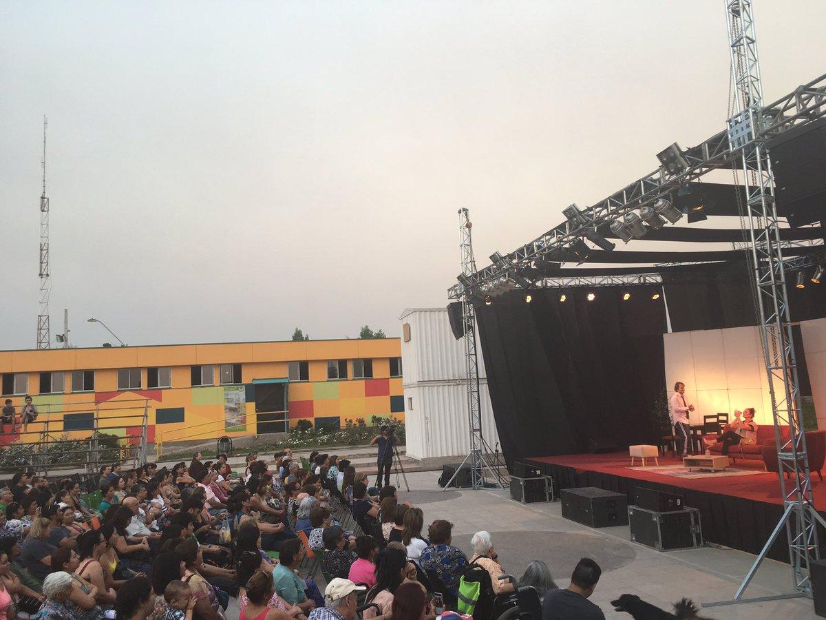 La obra &quot;Comida de Despedida&quot; con @juanpasaez y Catalina Guerra en nuestro Centro Cívico Cultural. Veranos en #ElBosque <br>http://pic.twitter.com/iA3lrWNNXl