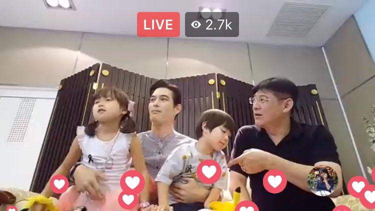 เด็กๆซนมากอยู่ไม่สุข สงสารอปป้า 55555 https://t.co/5N11MsvWbE