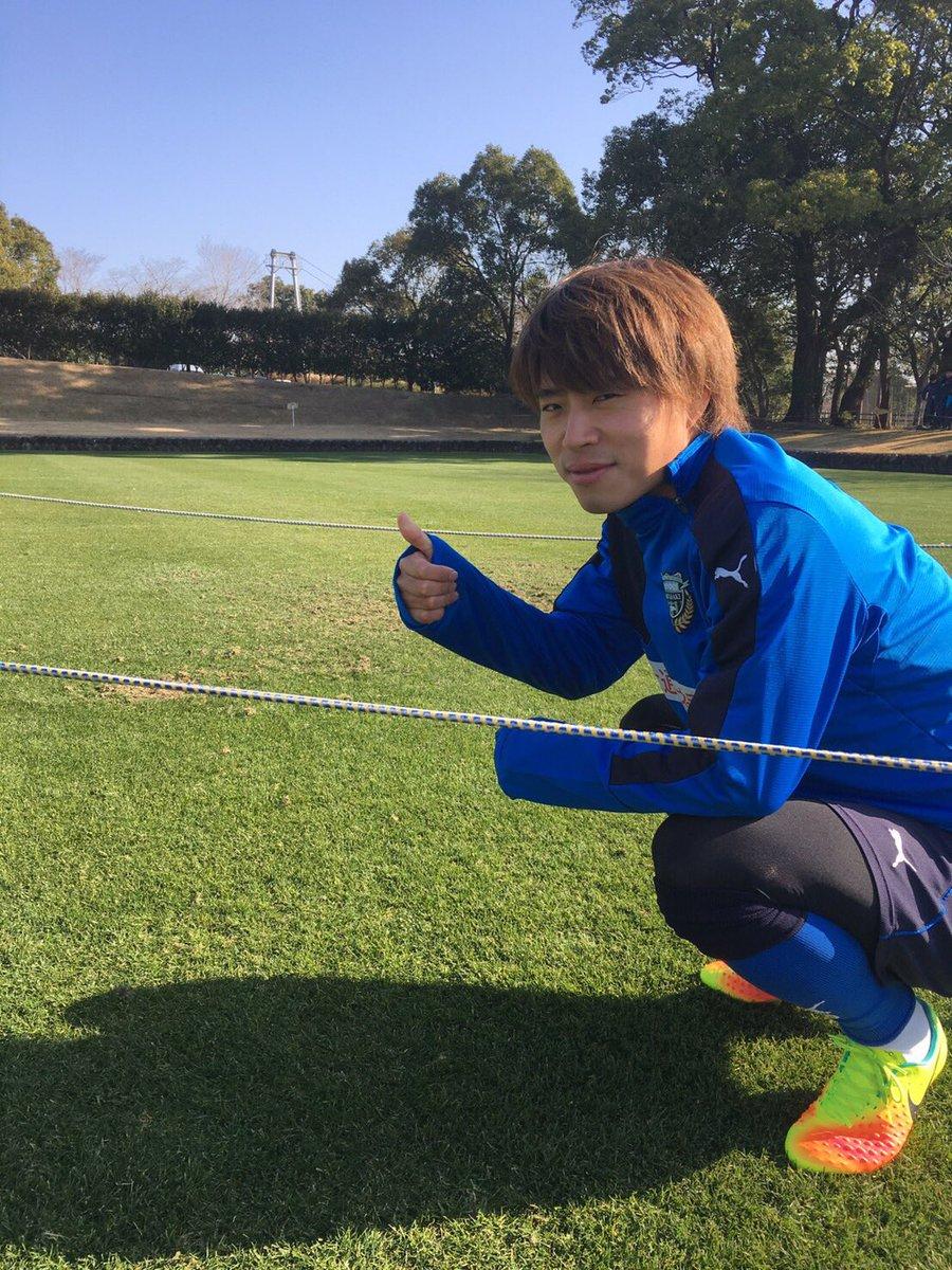 午前練習が始まりました。篠田コーチのサーキットから。みんなテンション上げて取り組んでます! 疲れも溜…
