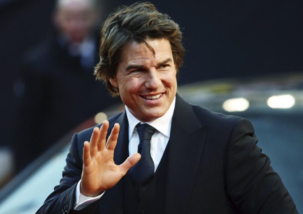 Tom Cruise, Jake Gyllenhaal on DC's 'Green Lantern Corps' shortlist