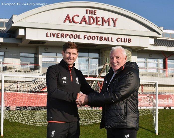 GALERI FOTO #LFCIndonesia: Kembalinya Gerrard ke Akademi Liverpool htt...