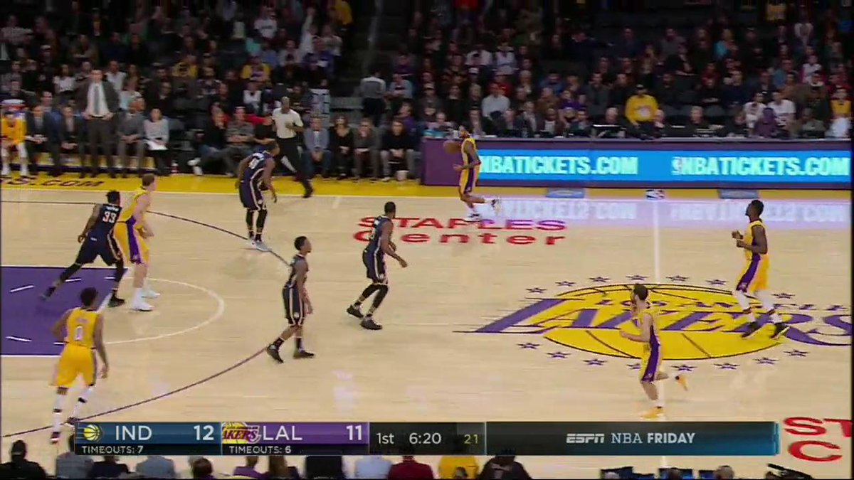 Nick Young with two 3's early on @ESPNNBA!  #NBARapidReplay https://t....