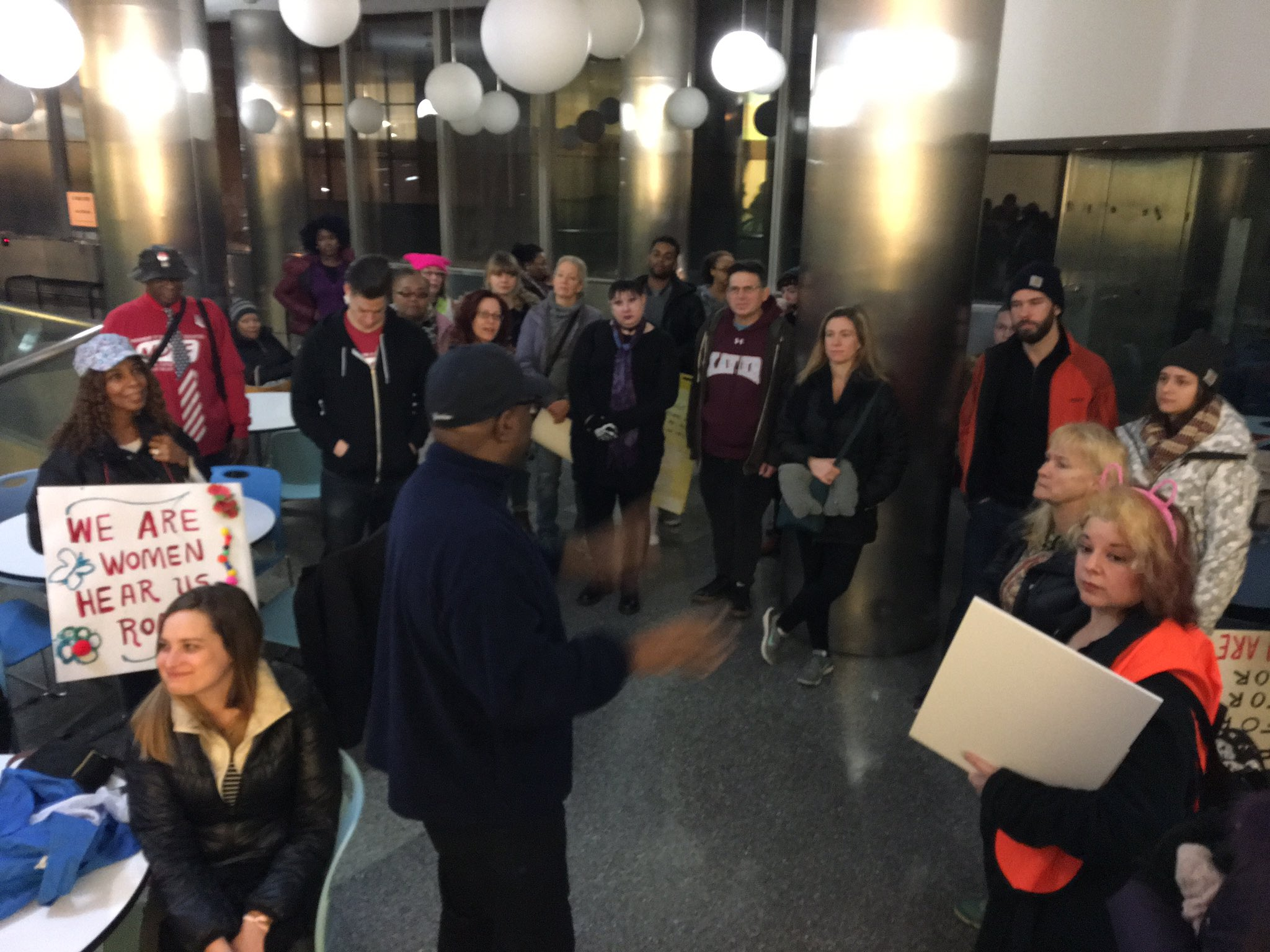 Some of the intrepid @UFT members who were at our office before 4am to catch the bus to DC & the @womensmarch! @msmoskop @MindyRosier https://t.co/aJF9BADlX8