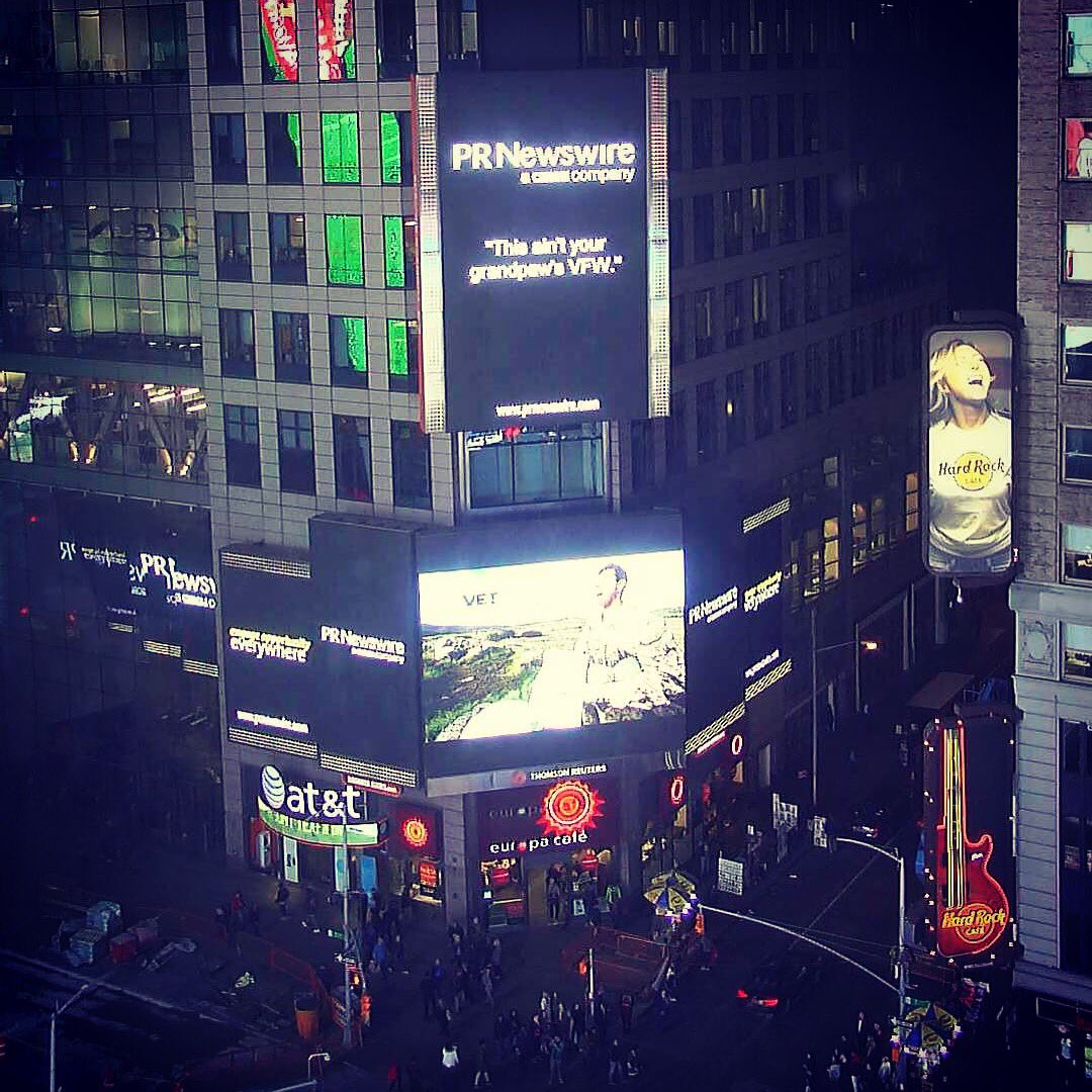 Do you see @Veteran_TV in Times Square? Great to see this #veteran owned company getting good press #veterans #VetPR @RyanPhillippe<br>http://pic.twitter.com/SQR8tYWPoJ