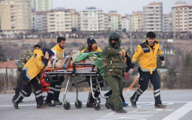 #Sondakika... El Bab'da Türk askerine saldırı! 5 asker Şehit ve 9 aske...