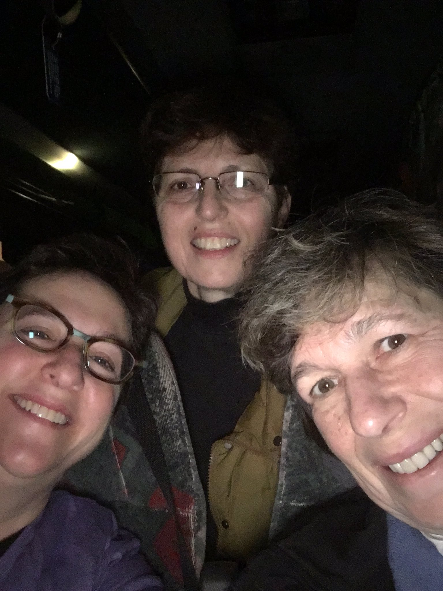 On @cbst bus be4 sun rise on the way to D.C. 4 #WomensMarch https://t.co/opSZa1EK5Q