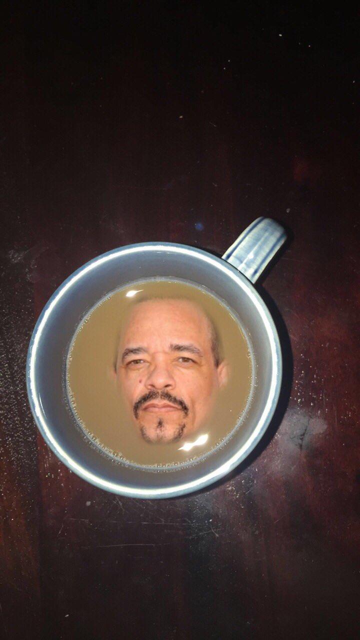Nothing like a class of ice tea 🤓 https://t.co/o5Gx3koKf2