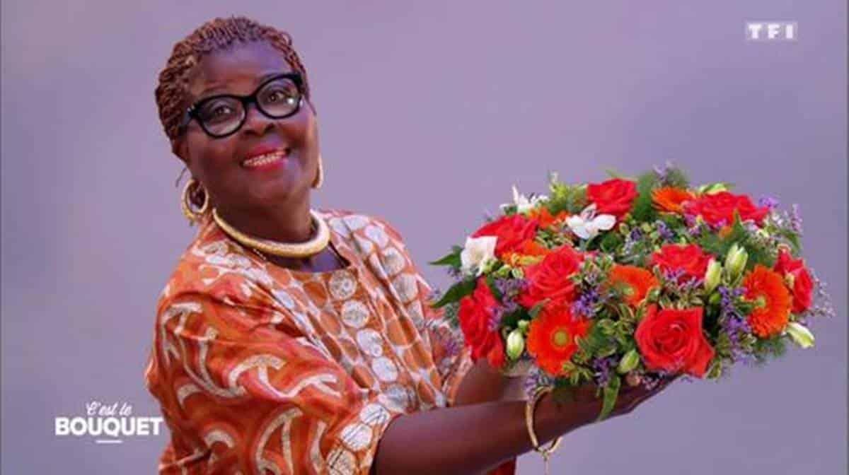 Flash bis -  TF1 – Portrait Fleuriste – C'est le bouquet : Claudine, Fleuriste (auto-entrepreneur) Champigny (94) https://t.co/J3MvSX4QqQ