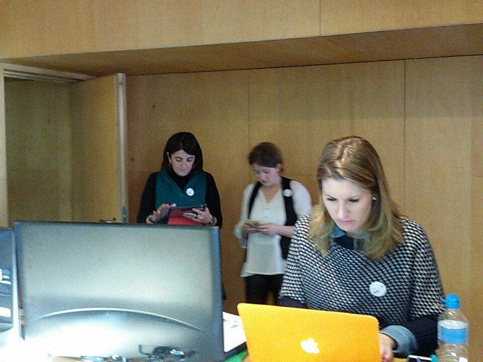 Hoy @Alexandra_st21 @milabarrio @catinagui @AgoraAbierta te acercan la #JEspiBase17 Colabora y difunde https://t.co/46dC5SHZCr