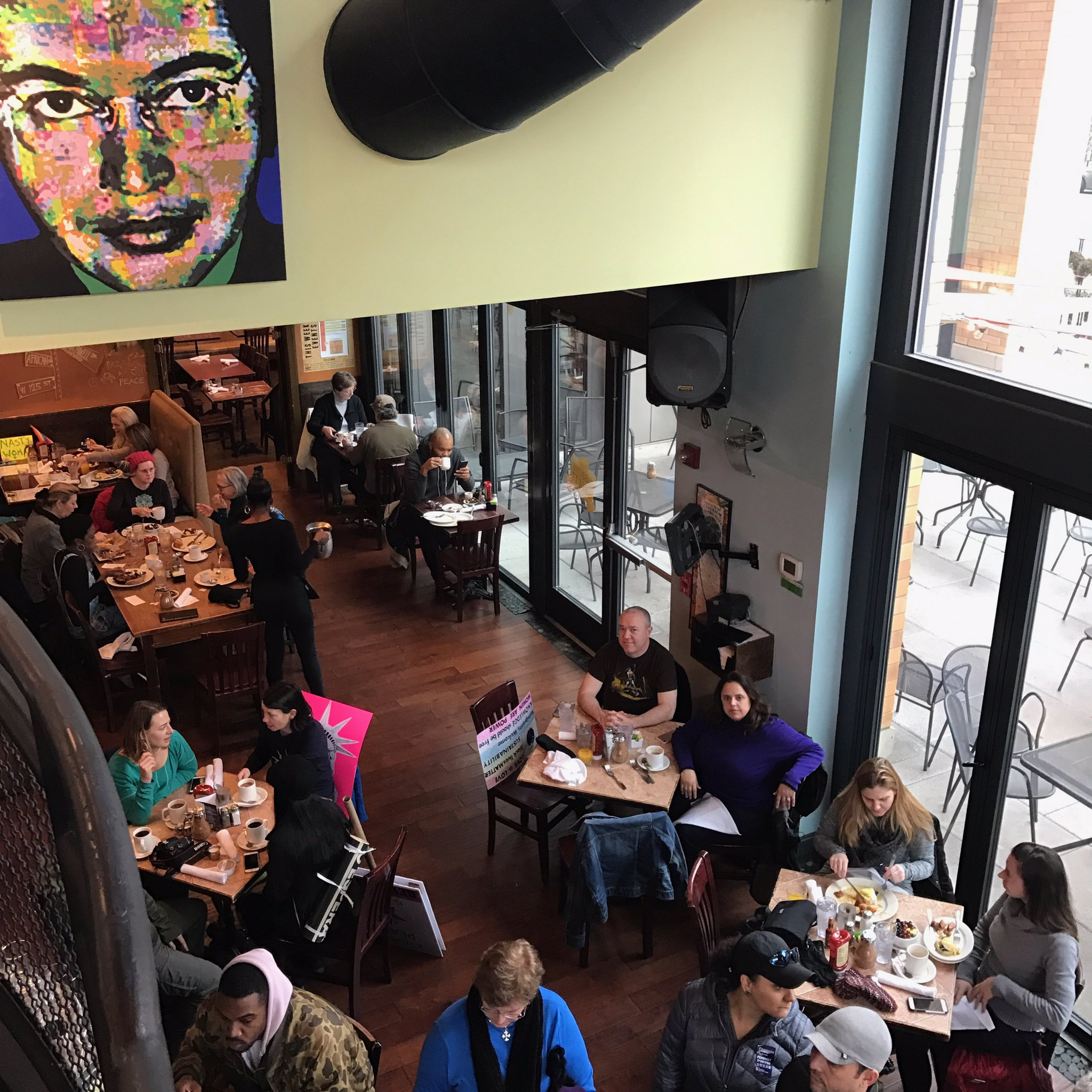 """Where do you go to fuel up for a historic protest? @busboysandpoets of course! #womensmarch https://t.co/XsKIGZoxvZ"