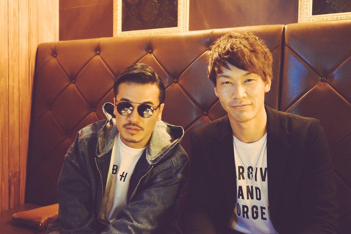 明日は、宮崎でガチ野球対決。  AKさんと食事(^^) 明日、楽しみです🐸