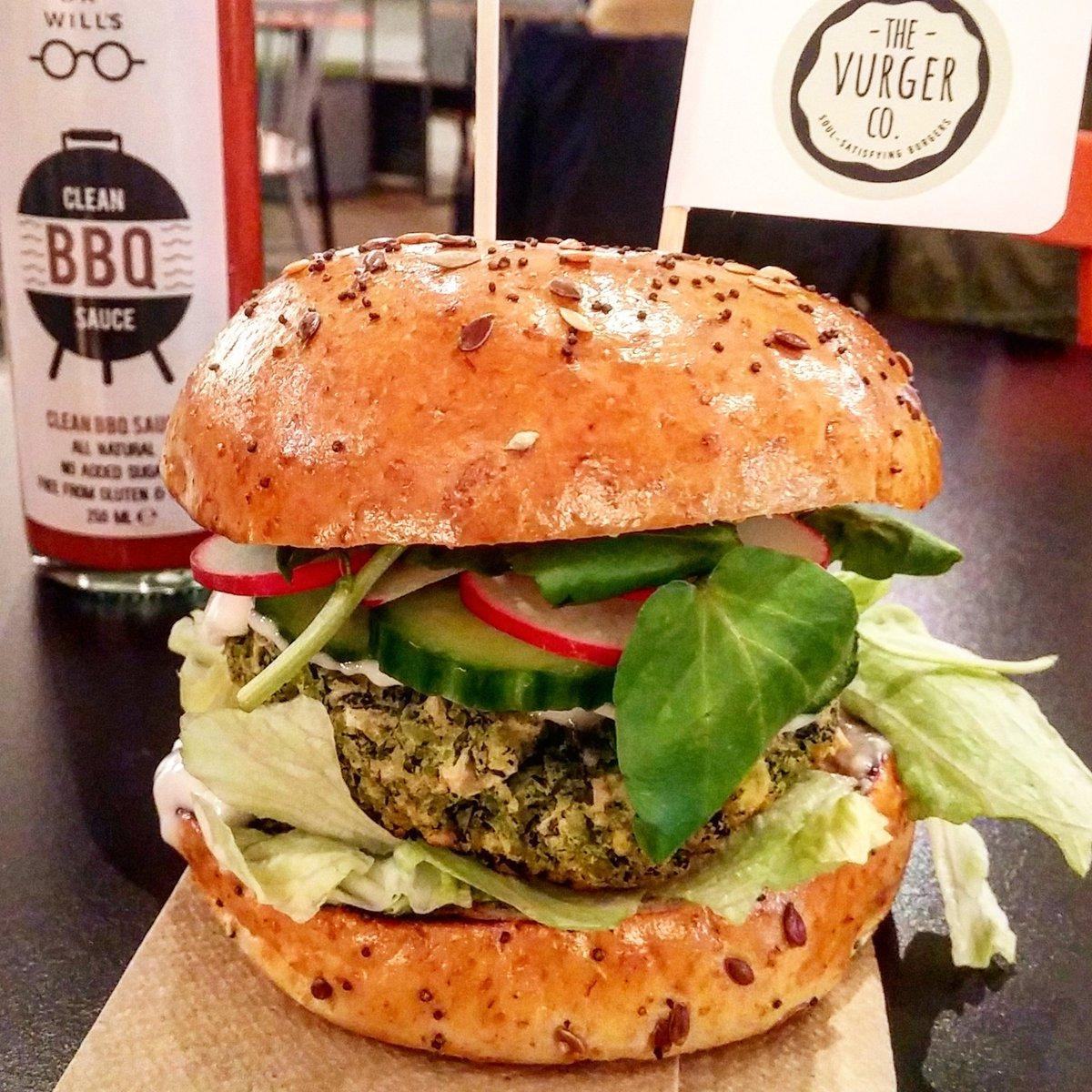 From 5pm - Try @TheVurgerCo &#39;s great #vegan #burgers at @pillboxkitchen #E2  http://www. londonpopups.com/2017/01/the-vu rger-cos-vegan-burger-nights-at.html &nbsp; …  Saturdays, til 4th<br>http://pic.twitter.com/JTKvAFfvpd
