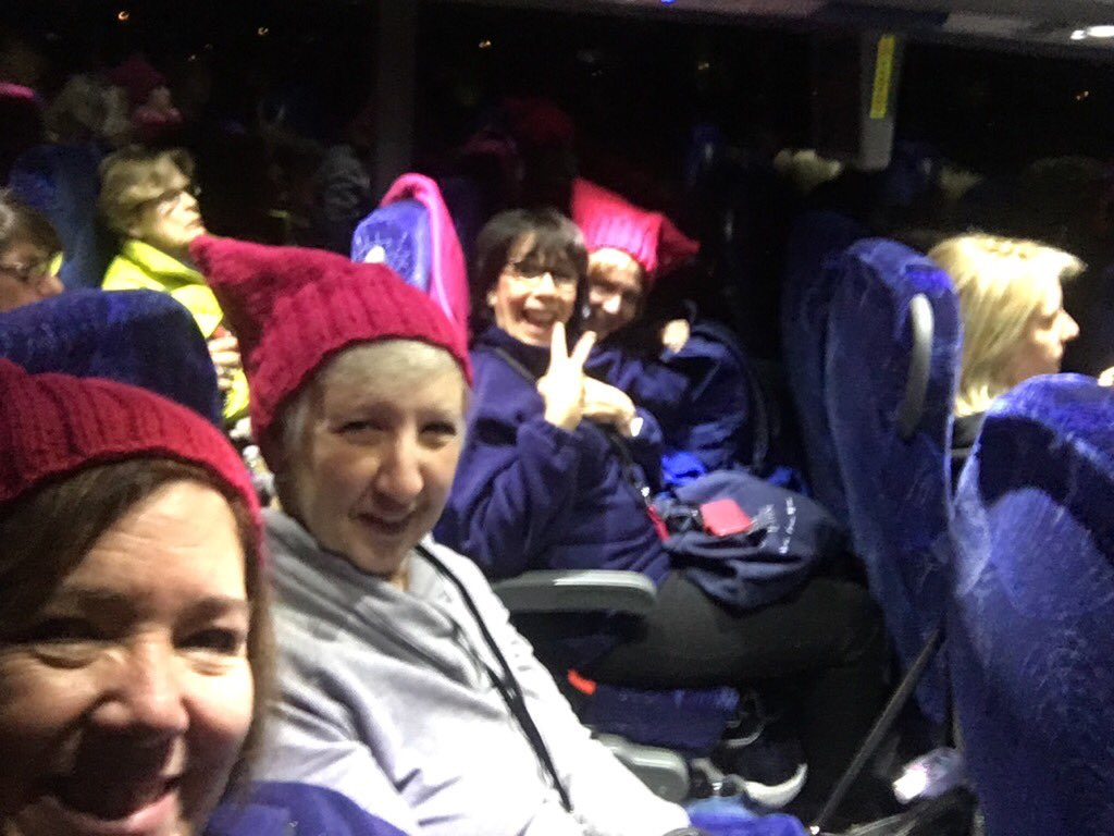 Hats on, Long Island's advocates  in gear for #womensmarch in DC! @AFTunion @roselesliej @nysut @___upstate https://t.co/6pc7j0OHGN