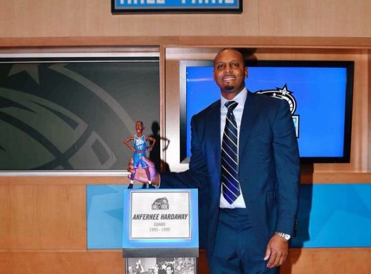Huge congrats to Penny Hardaway on being inducted into the Orlando Magic Hall of Fame https://t.co/GP70pDoOCV