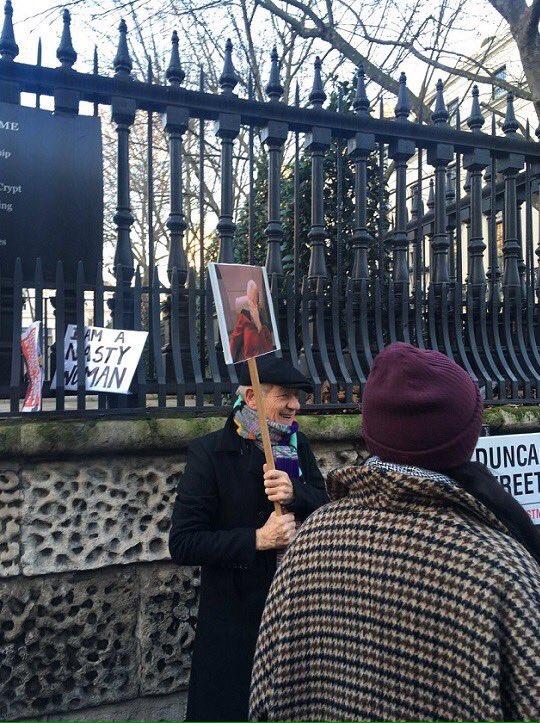 Sir Ian McKellen's sign is EVERYTHING #WomensMarch https://t.co/XS3hQ14Mir