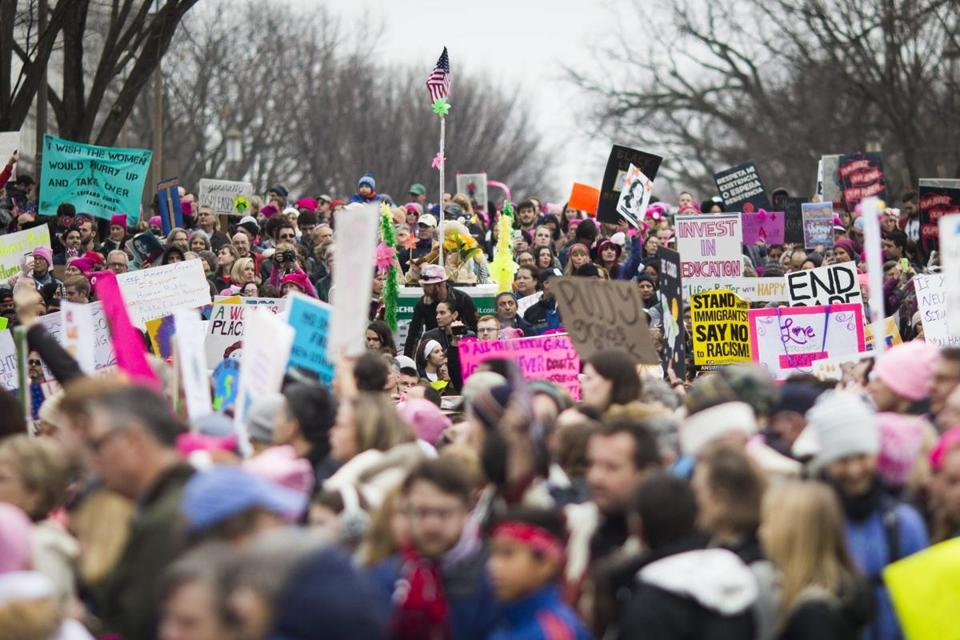 The Washington #WomensMarch is too big to actually march https://t.co/...