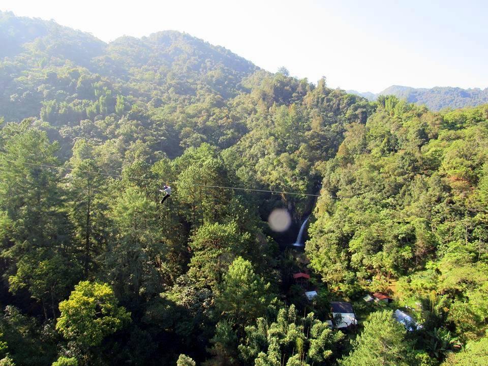 Tirolesa en EcoParque La Escondida