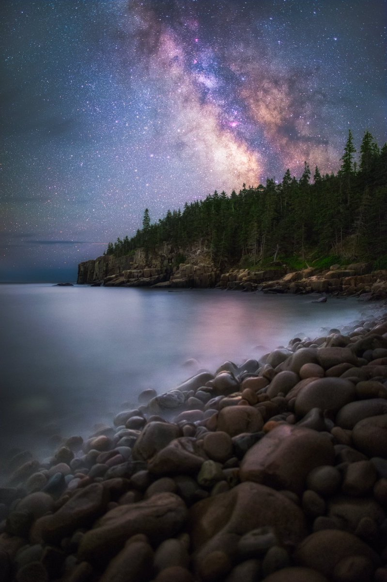 If you like stargazing, you'll love this pic of the Milky Way @AcadiaNPS by Manish Mamtani #Maine