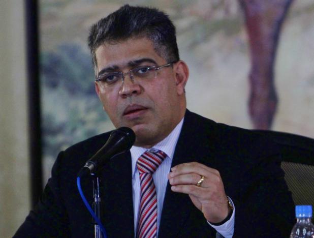 1.500 docentes de Caracas iniciaron su acreditación en cargos fijos ht...