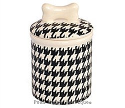 HOUNDSTOOTH TREAT JARS- PERSONALIZE! Visit:   #dogs #dogsoftwitter #dogjars #puppy @PoshPuppy