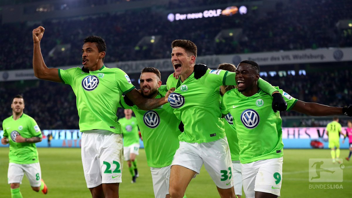 .@VfLWolfsburg_EN star @Mario_Gomez scored his 1️⃣st #Wolves home goal...