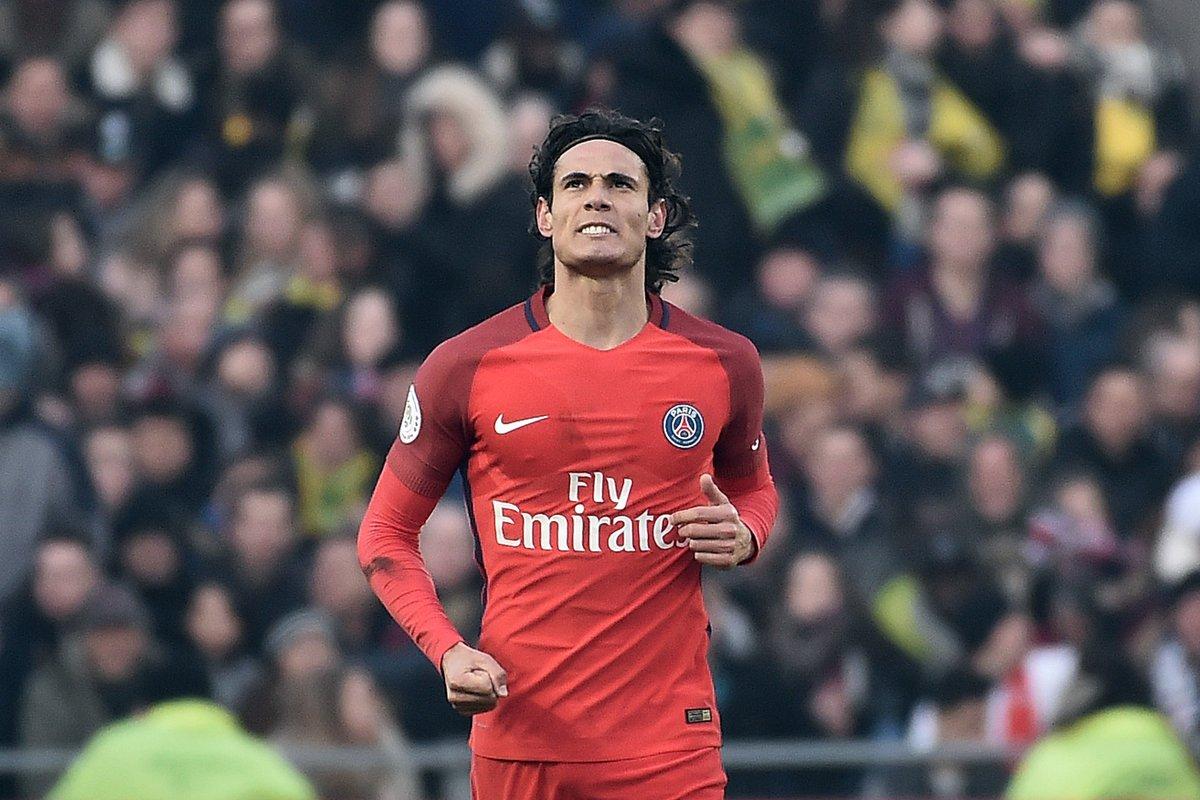 C'est la pause à La Beaujoire où le PSG mène 1-0 face à Nantes grâce à...