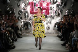 Mickey Mouse Inspires Designer at Berlin Fashion Week  http:// ift.tt/2kdFqyW  &nbsp;   #Disneyside #DisneySMMC<br>http://pic.twitter.com/LmdHmysbdF