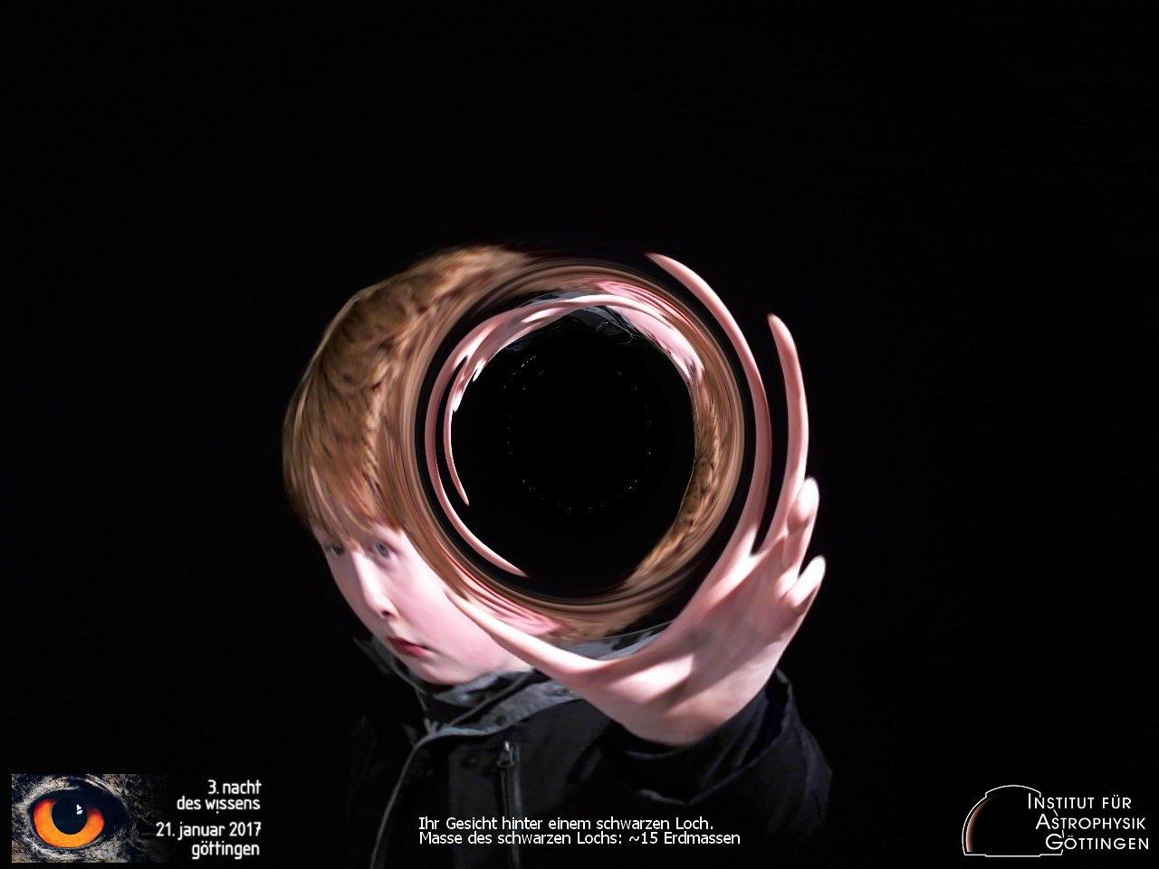 Schonmal ein schwarzes Loch fotografiert? #ndwgoe #astrophysik https://t.co/KJHKZ1f8kS