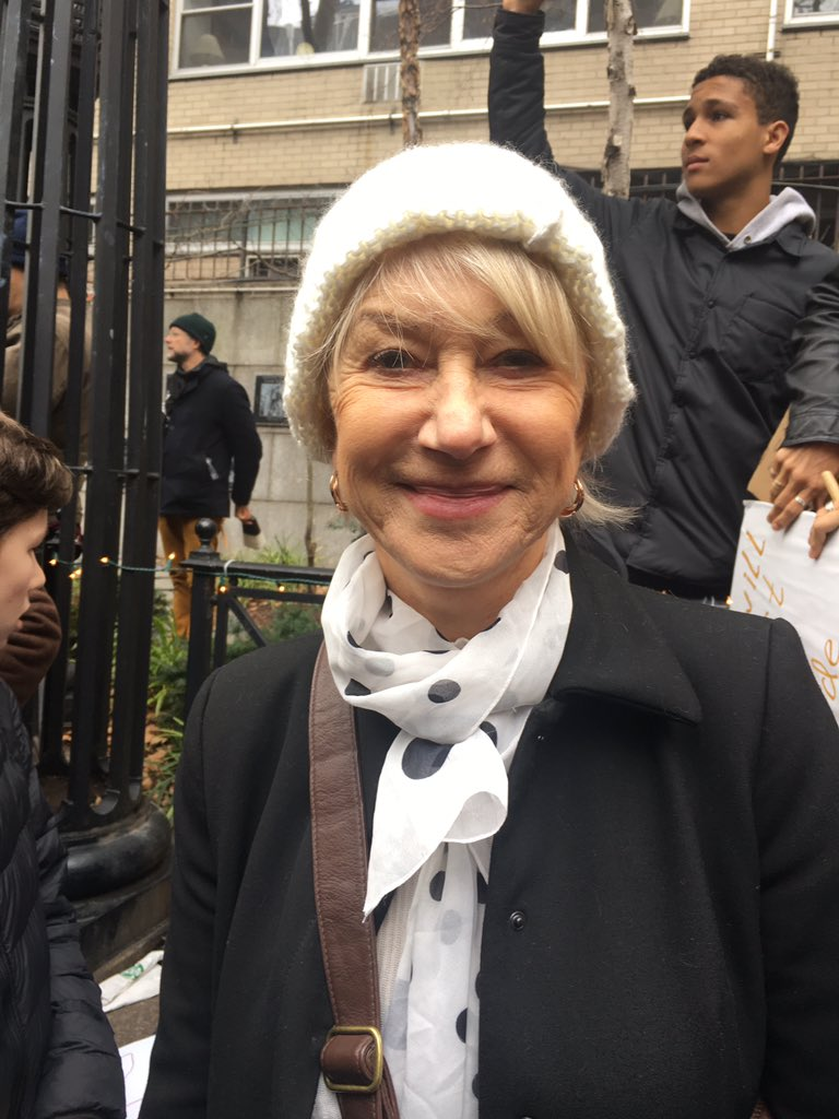 "Helen Mirren told me ""today I am a proud New Yorker."" #WomensMarch NYC https://t.co/Ap30M6lfgN"