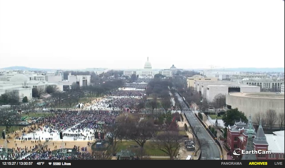 Here's the most objective possible way to compare Trump's crowd size to the Women's March -https://t.co/6YDAi1eIQl https://t.co/17i0E59Iyc