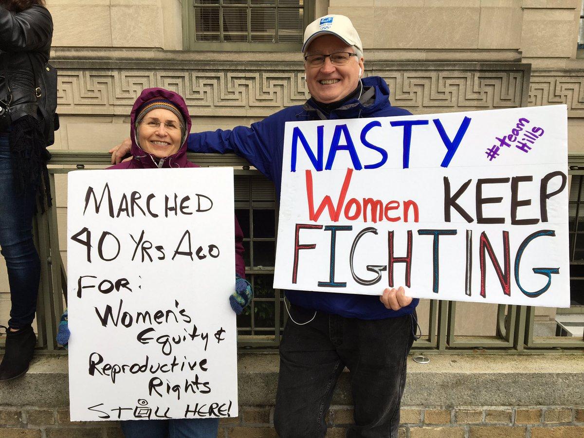Protestors spanning generations at the @womensmarch @nbcwashington #NBC4DC <br>http://pic.twitter.com/13s5DYupsA