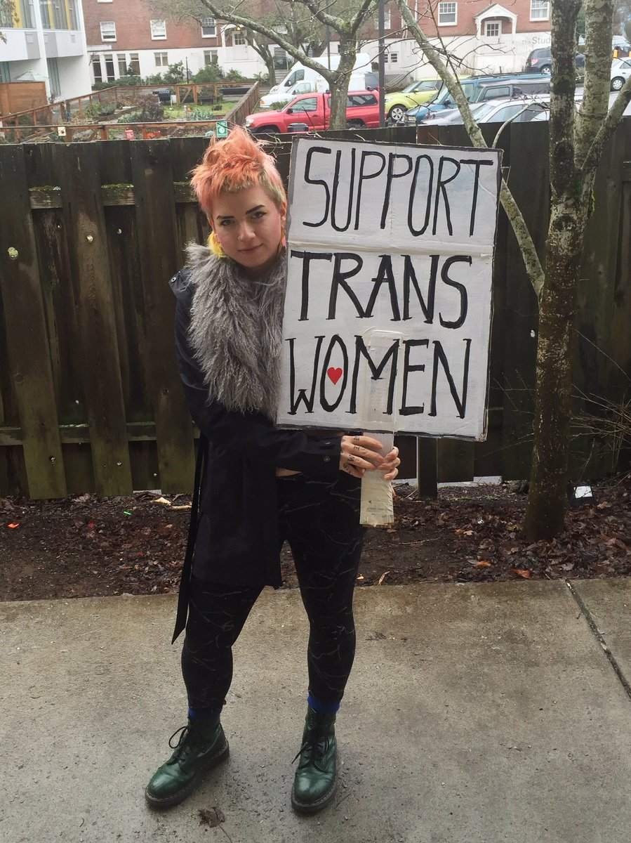 NO JABRONIS 2K17 SUPPORT TRANS WOMEN AND TRANS FEMMES #WomensMarch #pdx <br>http://pic.twitter.com/VPtIF5ZzDK
