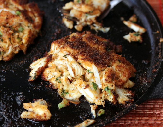 How to Make Southern Style Crab Cakes