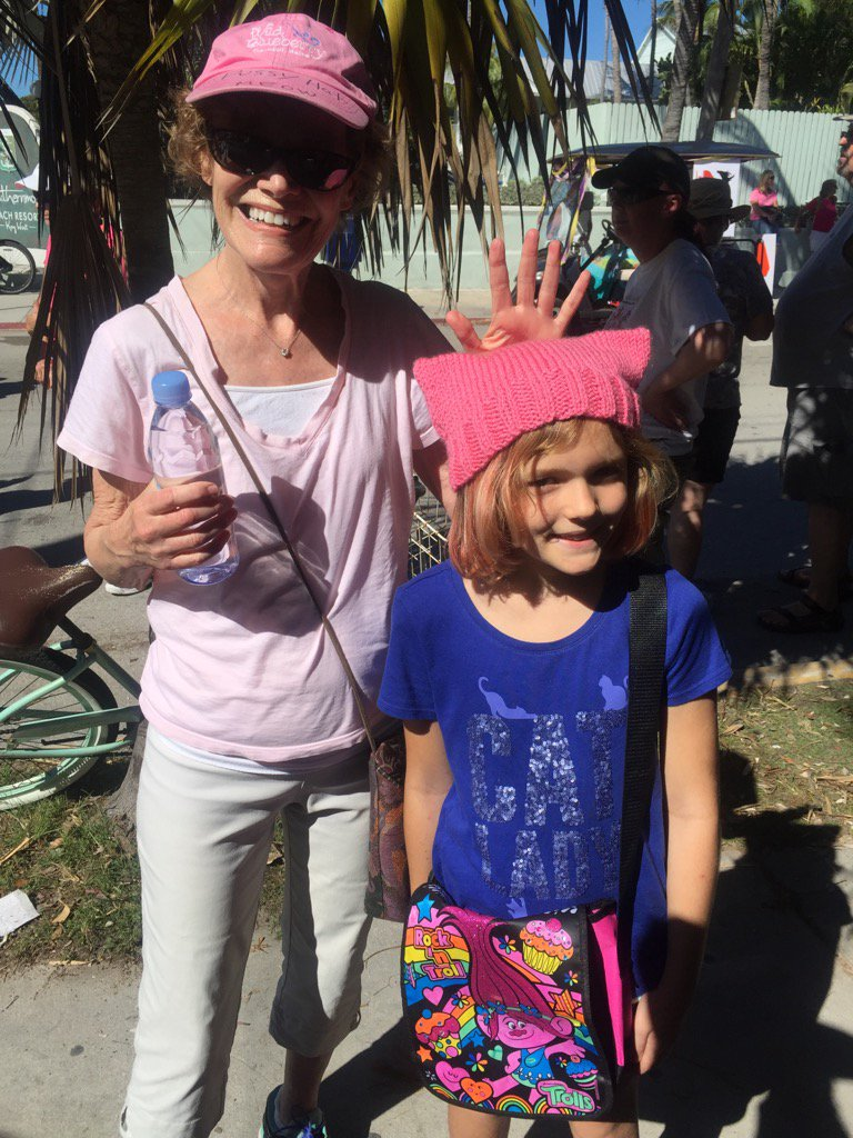 Key West may be small but our #WomensMarch was big and loud and filled with hope. https://t.co/6gcK8g8JIg