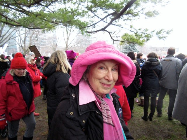 Yeah I know, it's a kinda silly hat but it's pink eh? #WomensMarch #Toronto https://t.co/oMnZqkrWPN