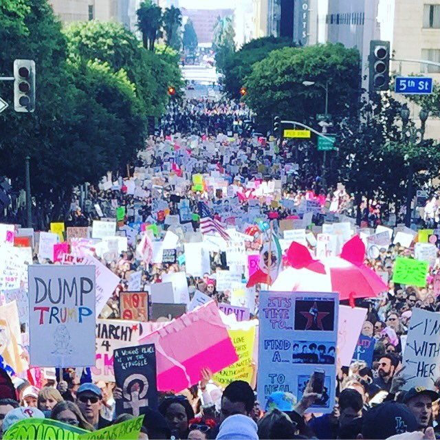 #WomensMarch #WomensMarchLA This is just the spill over to get into th...