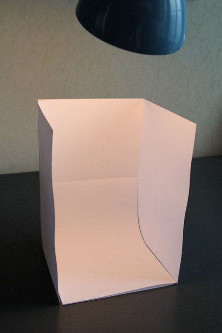 DIY Photography: How to Make a Light Box with Paper